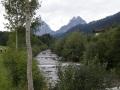 en longeant l'Alp , au fond les Mythen